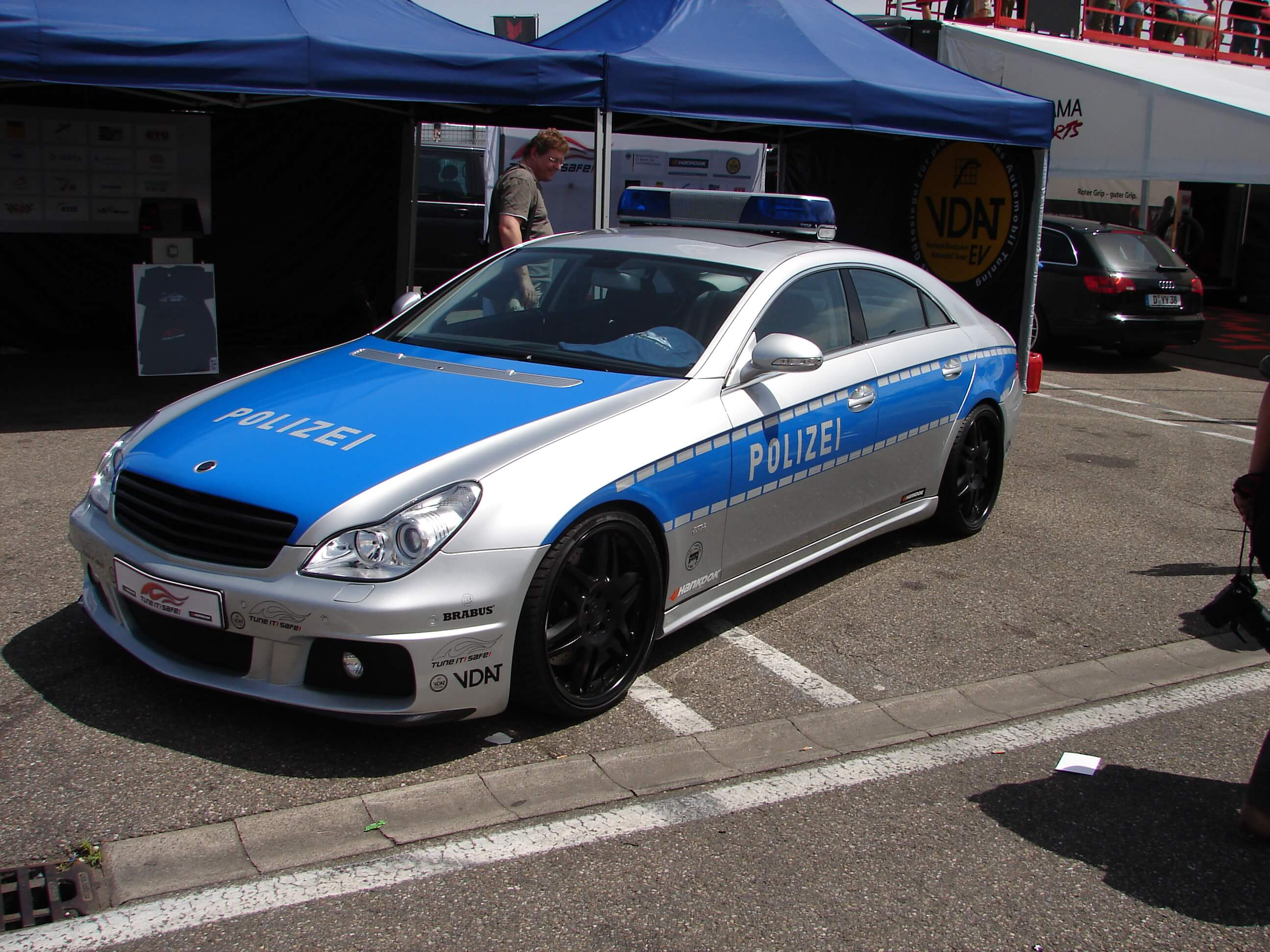 german police using brabus mercedes cls rocket